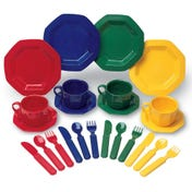 Pretend & Play® Dish Set